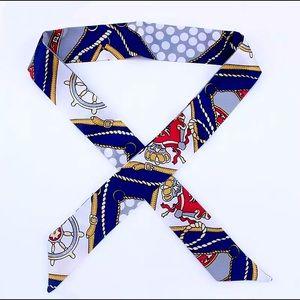 3️⃣3/25 Bag twilly, multipurpose head/neck scarf